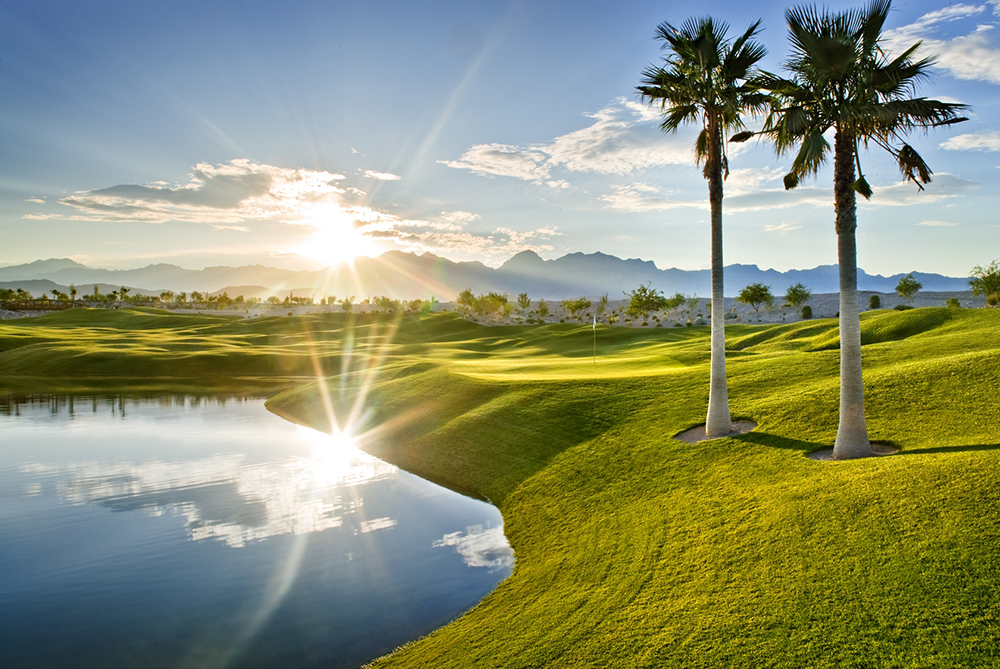 Coyote Springs Golf Club A Jack Nicklaus Signature Golf Course in Coyote Springs Nevada providing a premier golf experience to Henderson, Mesquite and Las Vegas hole #18 West 1000 pixel width